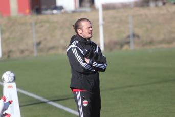 I sista luckan i december korar jag Jonas Björk till den bästa tränaren i STO-området, trots att han fick lämna SIF efter säsongen.