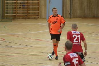 Mattias Larsson har tillhört SIF i flera säsonger men väljer inför i år att lämna klubben för spel i Stala/Myckleby.
